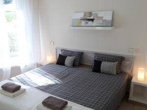 Apartment mit Terrasse in Cala dor