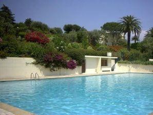 Ferienwohnung in der Luxus Pool Residence