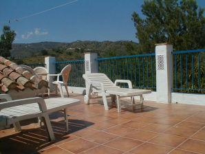 Ferienhaus Macharaviaya ein Bergdorf Nähe Málaga