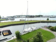 Lemmer Holidayhouse at the waterside