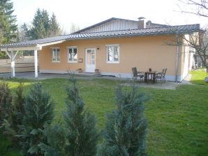 Ferienhaus Hangnach