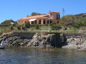 Villa Cap Sauvage Luxus on Beach