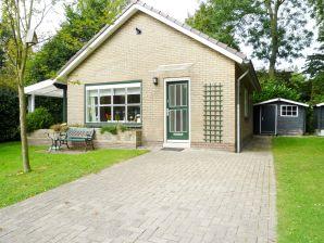 Ferienhaus mit traumhaftem Garten OK08