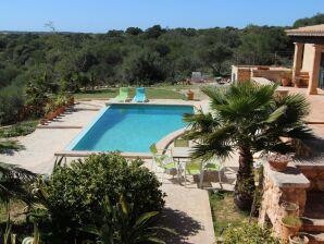 Pool-Villa Salineras