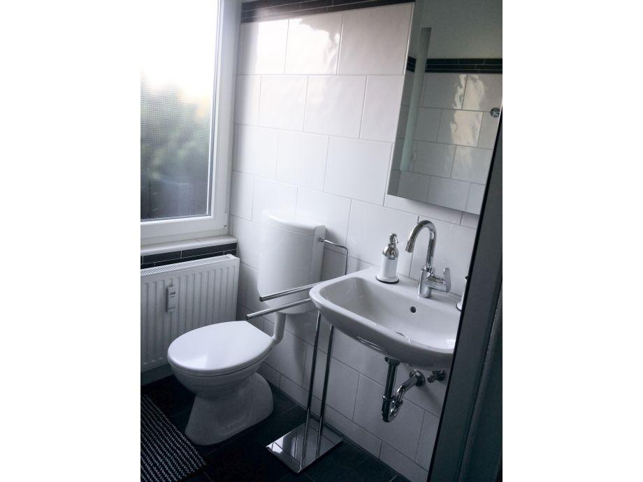 ferienwohnung anna nordsee nordsee dangast firma vermietungsservice dangast frau christine. Black Bedroom Furniture Sets. Home Design Ideas