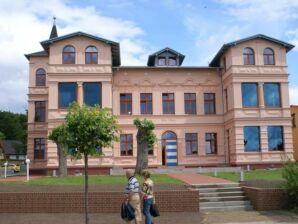 Ferienwohnung 10 in exklusiver Villa Maria in Koserow