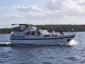 auf der Yacht Ostara