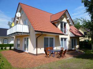 Ferienwohnung Villa Florenz EG mit Terrasse