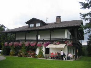 Ferienwohnung Hollerberg Weiß