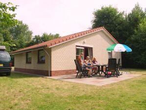 Ferienhaus Hoek - OZ005