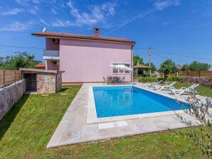 Villa 056