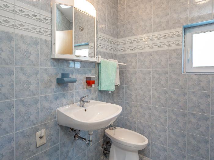 toilette mit bidet dusch wc und bidet shop toilette mit. Black Bedroom Furniture Sets. Home Design Ideas