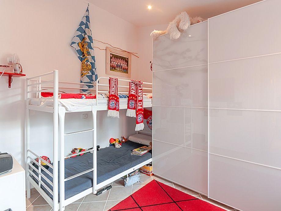 reihenhaus casa coco mallorca s dwesten santa ponsa firma fincadream gmbh firma. Black Bedroom Furniture Sets. Home Design Ideas