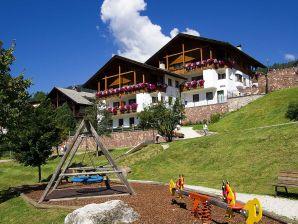 Ferienwohnung Residence Ariola
