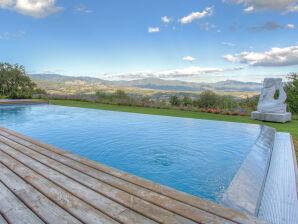 Ferienhaus Villa Chimera mit Pool