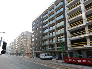 Apartment Square C1