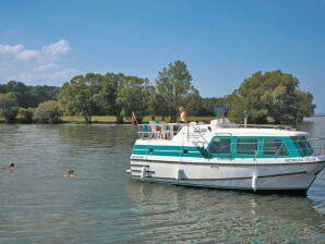 Hausboot Vetus 900