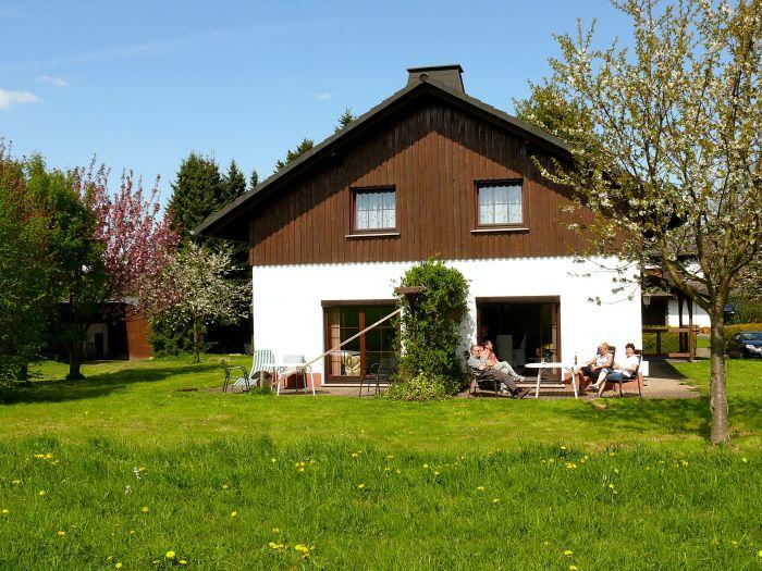Ferienhaus mit Terrassen A u. B