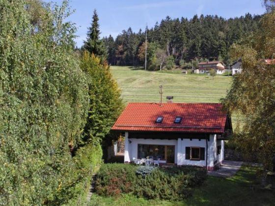 Ferienhaus Glashütt, Garten und Terrasse