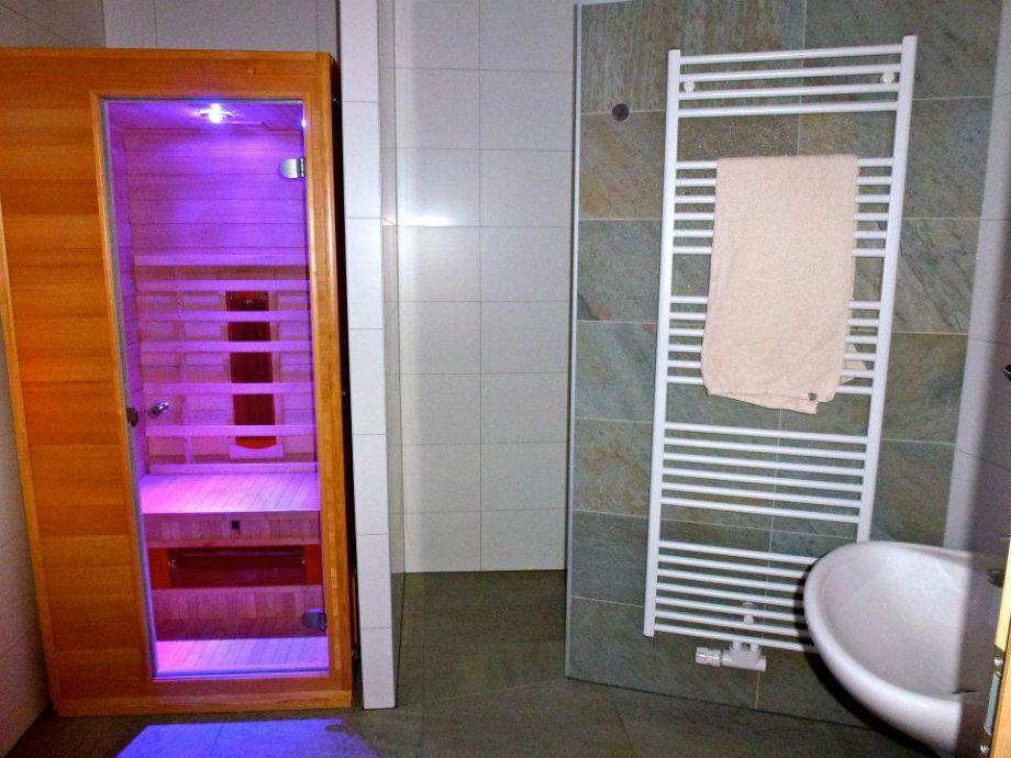 Infrarotkabine Mit Dusche : Haustiere & Hunde erlaubt Rauchen nicht ...