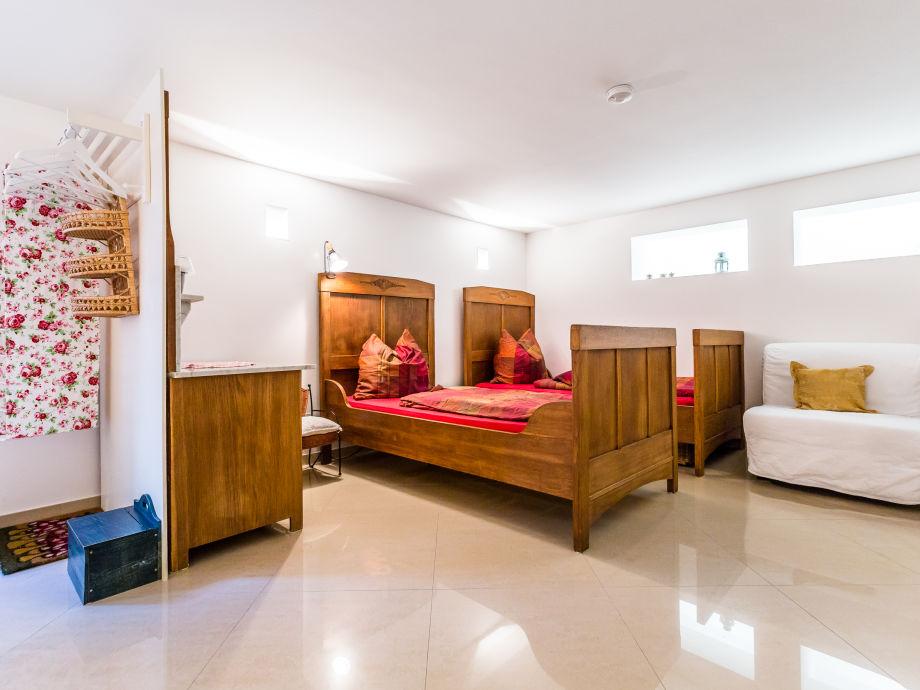 apartment domblick herkenrath bergisches land firma. Black Bedroom Furniture Sets. Home Design Ideas