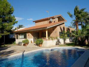 Villa AME440
