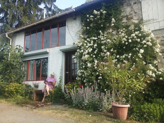 ferienhaus gite maison perdu im 200 jahre altem bauernhof. Black Bedroom Furniture Sets. Home Design Ideas