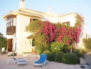 Ferienhaus Villa Cyprus Harbour