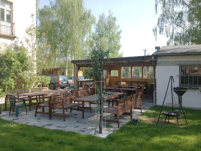 Garten vorm Honimoon Hostel