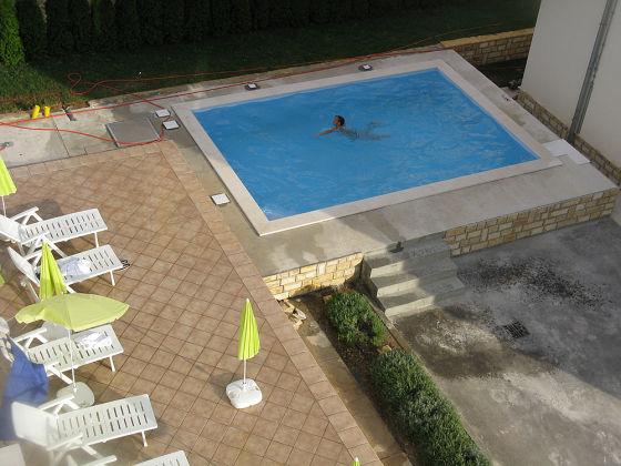 Ferienwohnung luxus appartement kozino zadar frau for Schwimmpool preise