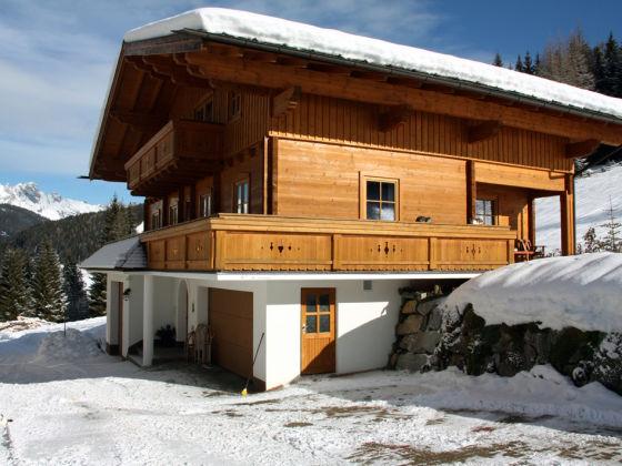 Unser Holzblockhaus im Winter