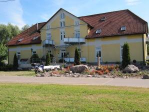 2-Zimmer-Wohnung Herrenhaus-Carolinenhof