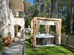 Bed & Breakfast Les Gomines****
