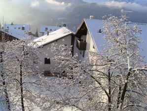 Urlaub im Grödnertal, inmitten der Dolomiten.