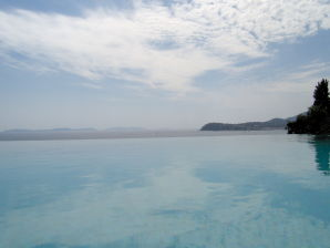 Villa Pieds dans l`eau in la Croix-Valmer mit Pool