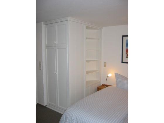 ferienwohnung 6 rechts im waash s haus am wattenmeer amrum frau jeannette springorum. Black Bedroom Furniture Sets. Home Design Ideas