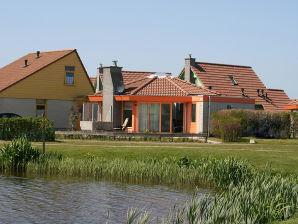 Ferienhaus Seestern im Bungalowpark Strandslag