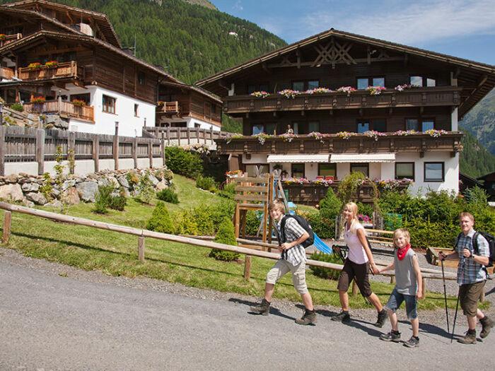Grünwald Resort Sölden - Mitten im Wandergebiet