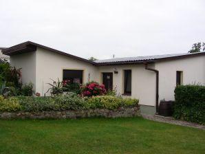 Ferienhaus Hortensia auf gepflegten Wohngrundstück, Natur pur