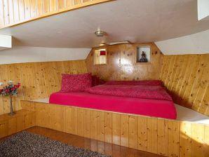 MOON houseboat