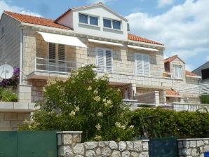 Apartment Villa Timy