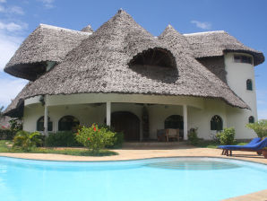 Villa traumhaft am Indischen Ozean mit Pool