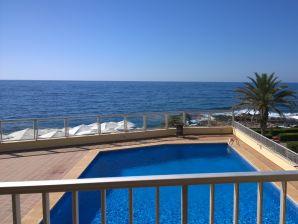 Ferienwohnung Vista al Mar mit Pool und Meerblick