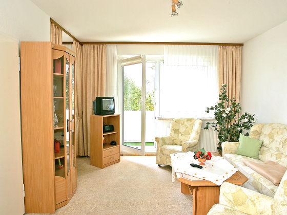 ferienwohnung urlaub in der platte luftkurort waren firma warener wohnungsgenossenschaft. Black Bedroom Furniture Sets. Home Design Ideas
