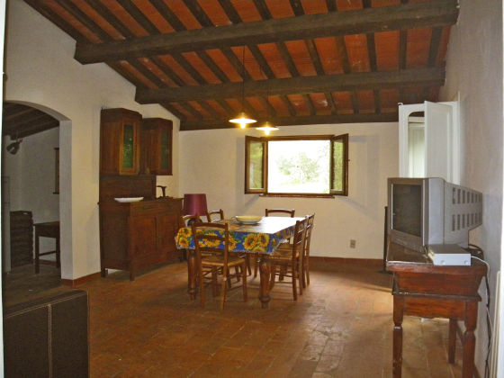 Ferienhaus rosmarino costa etrusca livorno frau rose - Esszimmer wohnzimmer aufteilung ...