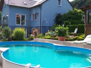 Ferienwohnung - Das blaue Haus - Lilie