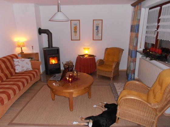 wohnzimmer modern einrichten warme tone ~ raum haus mit ... - Wohnzimmer Modern Einrichten Warme Tone