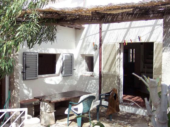 ferienh user ferienwohnungen in marciana mieten traum. Black Bedroom Furniture Sets. Home Design Ideas