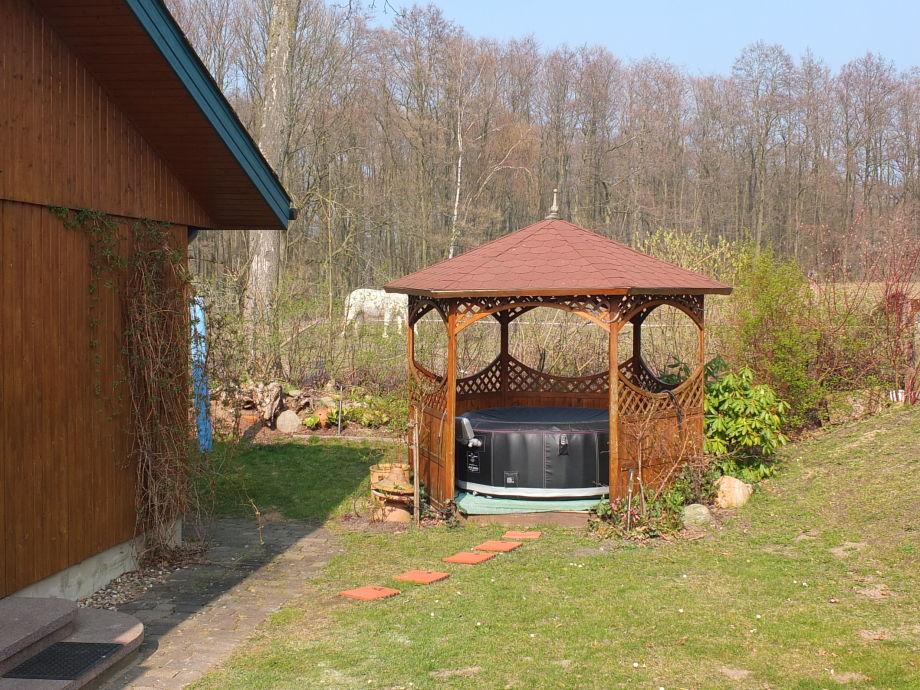 ferienhaus see romantik mecklenburgische seenplatte. Black Bedroom Furniture Sets. Home Design Ideas