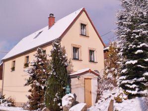 """Ferienhaus """"Altes Armenhaus"""""""